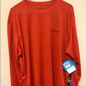 Men's Long Sleeved Columbia shirt
